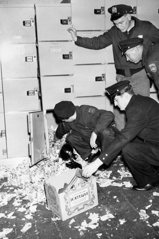 """The Mad Bomber placed this """"unit"""" in a locker in New York's Grand Central Terminal"""