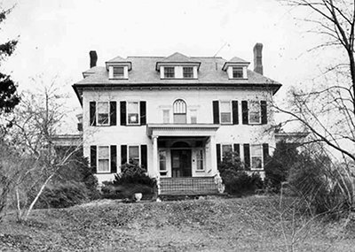 Breeze Knoll, the List home in Westfield, NJ. The house remained empty and burned down nine months after the murders.  Although authorities ruled the fire arson, it remained unsolved. A new house was built on the site in 1974.