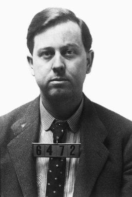 Emmett Dalton prison photo, 1892 or 1893. Note prison number 6472.