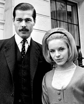 Lord Lucan with his future wife, Veronica Duncan, October 14, 1963 (By Source (WP:NFCC#4), Fair use, https://en.wikipedia.org/w/index.php?curid=36116676)