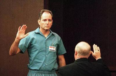 Danny Rolling on trial for murder (Jacksonville.com)