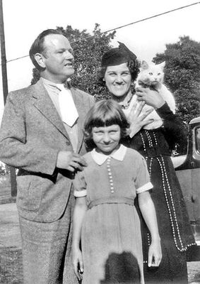Arthur and Dorothy Eggers with neice Marie in 1937